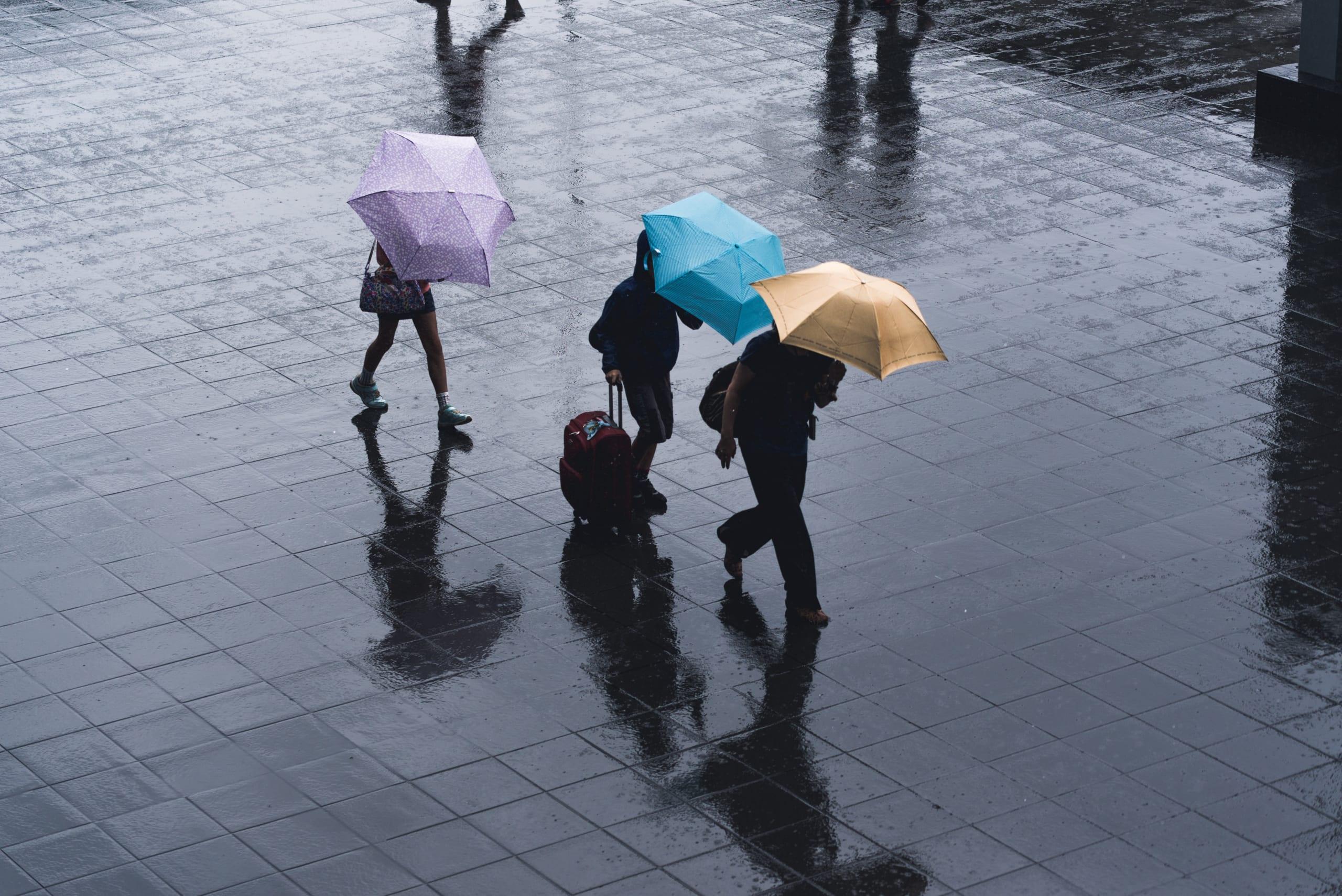 ゲリラ豪雨等の直前予測を屋外イベント運営等に活用する実証実験を実施 ~「Marunouchi Street Park 2021 Summer」の運営者・来街者へ情報提供~